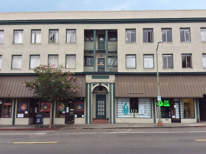 Oakland Mixed-Use Asset Sells for $5.15MM, First Time in 18 Years