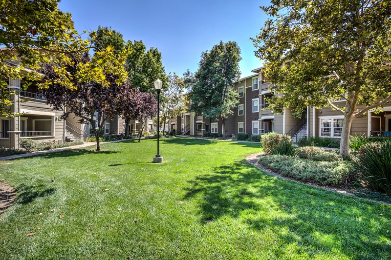 Cbre Affordable Housing Arranges Sale And Financing Of 160