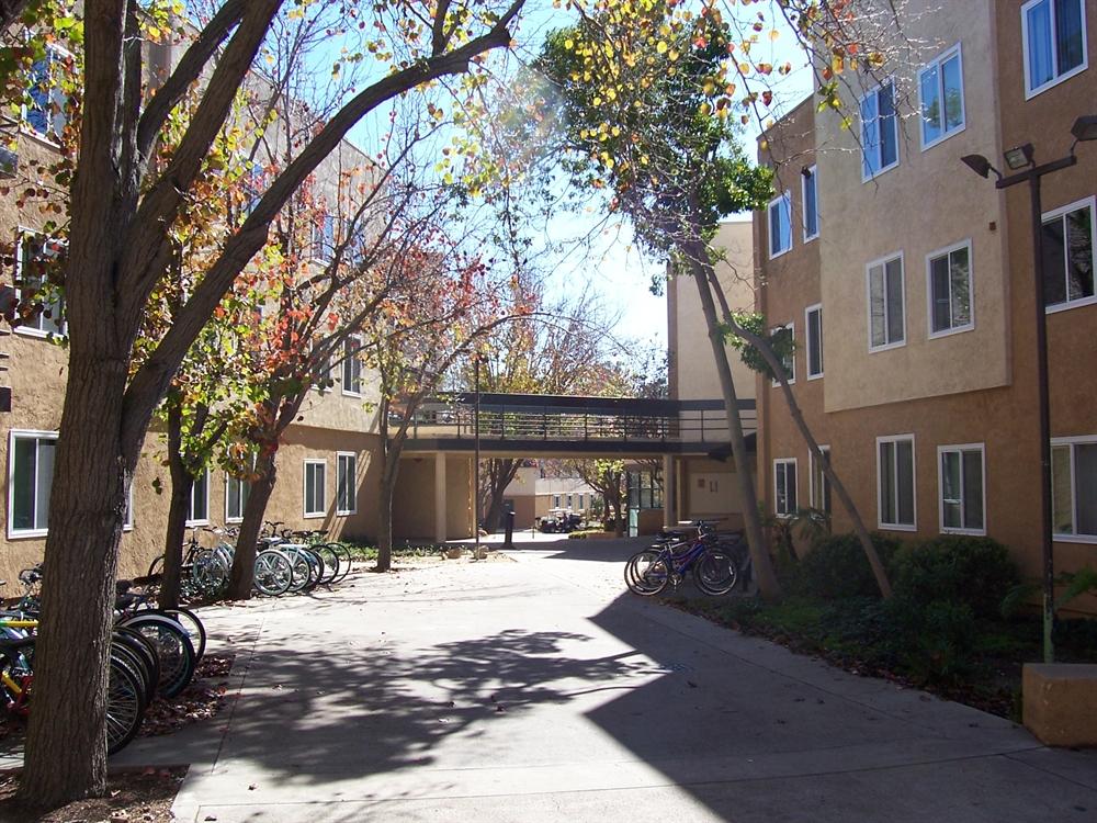 San Luis Obispo Student Apartments