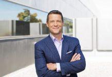 Equinix, Redwood City, Board of Directors, IT and cloud strategies